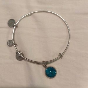 Silver bracelet with turquoise charm